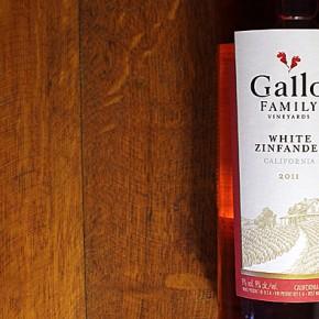 Gallo White Zinfandel 2011