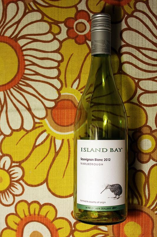 Wein-des-Monats-Island-Bay