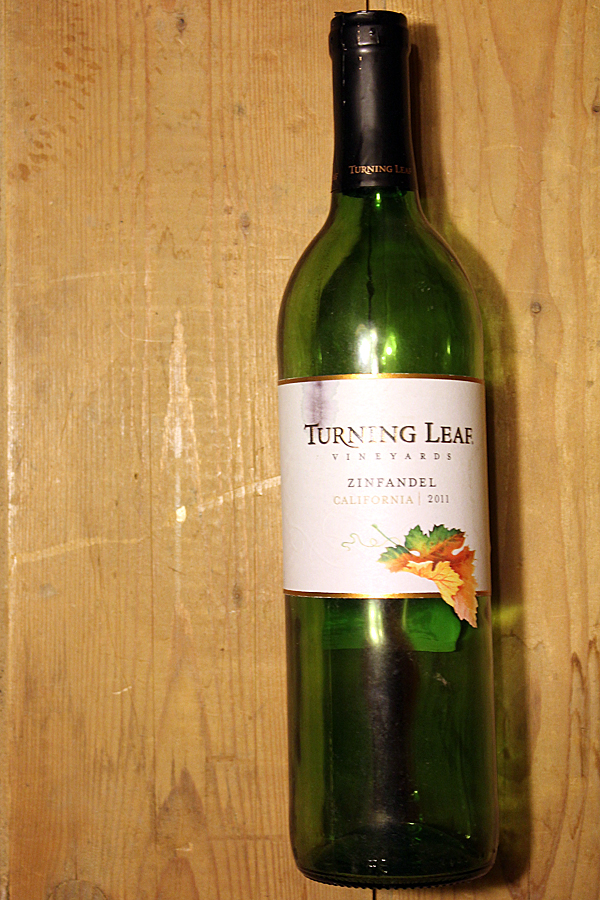 Gallo-turning-leaf-zinfandel