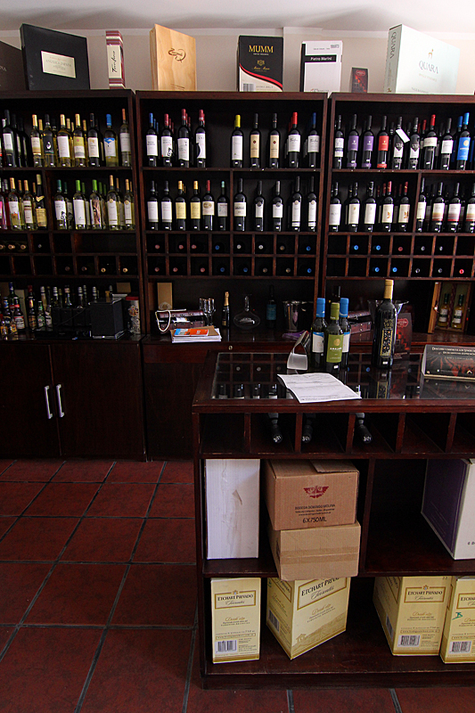 delvino-boutique-hotel-vinoteca