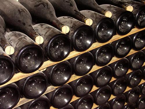 Champagner gärt immer in der Flasche. (Quelle: Felix63)